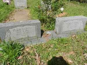 MS Cemetery 052